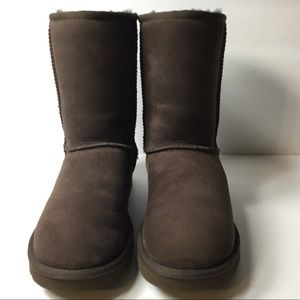 "UGG® ""AUTHENTIC""Classic Short II Suede Boots"